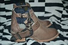 Freebird by Steve Madden Carsen Leather Distressed Brown Western Buckle 8 NIB