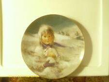 Snow Bunny Collector's Plate - Precious Moments 1980 Measures 8 1/2 inches Vgc