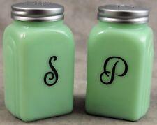 JADEITE GREEN GLASS ARCH SALT & PEPPER SHAKER SET ~ Black Script Lettering ~