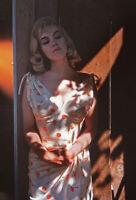 Gerahmter Druck - Marilyn Monroe Stehend IN Die Sunshine (Bild Plakat Kunst