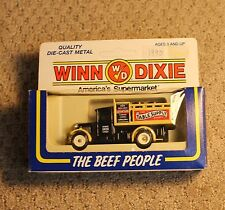 Winn Dixie Table Supply Stores #1 1990 Delivery Truck Lledo in Box