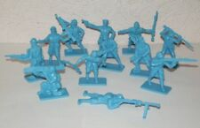Hing Fat DGN Plastic toy soldiers 1/32 WW2 French army set. 12pcs