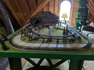 O SCALE LIONEL D-264  Layout with Super O track.