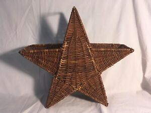 Star-shaped decorative basket, brown wicker, Fourth of July, Christmas