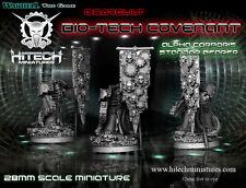 Hitech Miniatures - 28SF018 Alpha Corporis Seven Standard Bearer Warhammer 40k