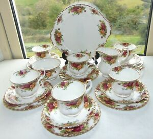Royal Albert  Bone China Old Country Roses 21 PC Cups Saucers Plates 1st Quality
