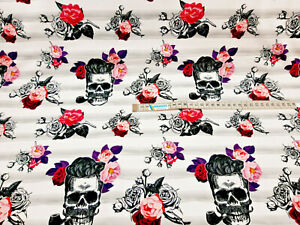 Baumwollstoff Skulls weiß Totenköpfe Damenstoff Modestoff Preis=0,5m
