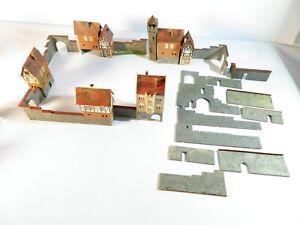 Faller H0 Altstadthäuser mit Stadtmauer Konvolut  fertig gebaut