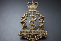 Royal Canadian Army Medical Corps RCAMC Officers Cap Badge