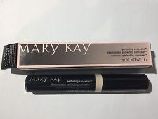 Mary Kay Perfecting Concealer LIGHT IVORY .21 OZ