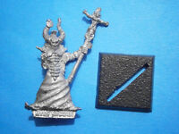 Warhammer Fantasy Chaos Sorcerer. Classic OOP 1980s Metal. Damaged !