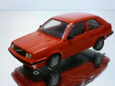 HAUTEVILLE VOLVO 340 - RED 1:43 - EXCELLENT - 4+5