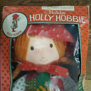 1988 Holly Hobbie Holiday Hollyberry Scented Zayre Collector's Edition in box