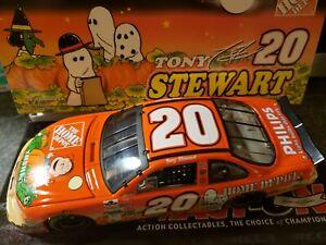 Tony Stewart #20 Home Depot Great Pumpkin Orange 2002 Clear Window Bank 1:24
