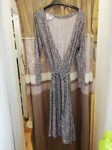 Diane Von Furstenberg  wrap dress size 16