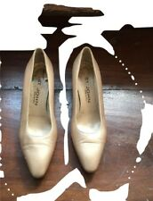 "St John Champagne Leather 2"" Heels/Shoes 7 S Made in Italy - Euc!"