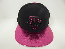 New Era 59Fifty MLB Minnesota Twins Blk/Met. Hot Pink Foil Fitted Cap-7 1/4-NWF