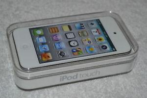 Apple iPod touch 4th Generation 8GB/16GB/32GB/64GB MP3/MP4 Player - Retail Box