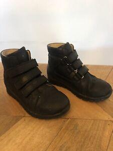 Kids Stability Boots Size 30 (19.8cm) Barcelona School Black Arch