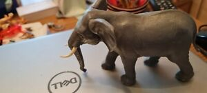 BRITAINS Plastic Zoo Animals: AFRICAN BULL ELEPHANT  Very good condition