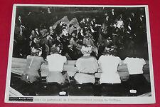 RARE PHOTO PARIS-SOIR 1936 LE PERSONNEL DE L'OPERA-COMIQUE OCCUPE LE THEATRE