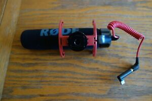 Great Rode VMGO VideoMic GO Microphone - Black and Red  Free p&p Used