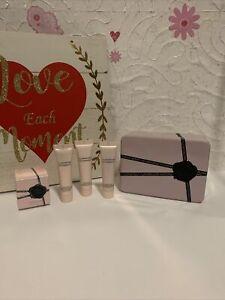 Viktor & Rolf Flowerbomb Set Mini Perfume Bomblicious Gel & Voluptuous Cream TIN