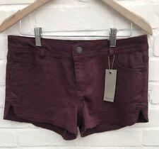 NEU Lager Denim Shorts Hotpants Burgund Größe 12/38 Festival Urlaub Blog