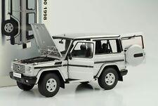 1:18 Mercedes-Benz G500 G 500 G-Class 1998 SWB Silber Autoart 76112