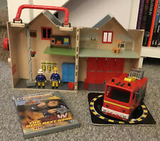FIREMAN SAM DELUXE FIRE STATION PLAYSET WITH FIRE TRUCK FIGURES & ACCESSORIES