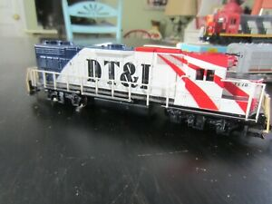 h o trains: Super sharp DT&L road diesel 100% complete and a strong motor
