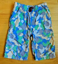 Mini Boden Boys Camo camouflage Shorts in blue, green, gray, yellow. Size 7
