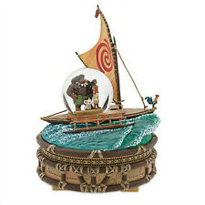 DISNEY STORE MOANA MUSICAL SNOWGLOBE Lights Up NEW Plays WE KNOW THE WAY Maui
