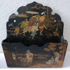 PORTE-COURRIER OU LETTRES A ACCROCHER DEBUT XXè bois peint  DECOR JAPONISANT
