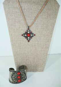 Handcrafted Southwestern Necklace Pendant Silver Tone with Cuff Bracelet