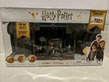 HARRY POTTER Hogwarts Great Hall Playset with 4 Figures & 5 Interactive Features