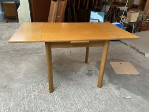 Natural Oak Small Extending Dining Kitchen Table Detachable Legs