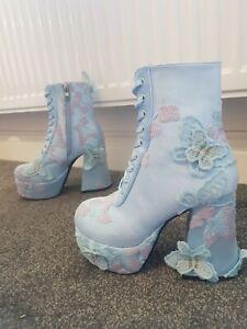 sugar thrillz take me away butterfly platform boots - light blue/lavender 🦋