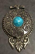 Boite Ancienne Pendentif Métal Argenté Sertie D'une Turquoise Cabochon