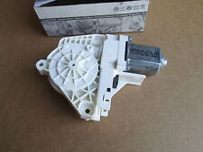 NEW GENUINE AUDI A1 A4 A6 Q3 Q5 RS4 RIGHT REAR ELECTRIC WINDOW MOTOR 8K0959812A
