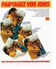 PUBLICITE ADVERTISING 054 1979  KODAK   appareil photo sur papier