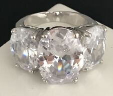 Outstanding Joan Rivers 3 Stone Simulated Diamond Cocktail Ring Sz 8 1o