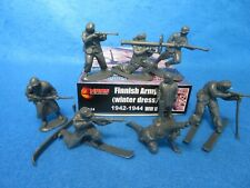Wwii Finnish Army winter Toy Soldiers #32024 (54Mm) 12 in 8 poses - by Mars