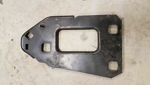 AUDI A5 S5 8T 2007-2016 A4 S4 B8 FRONT BUMPER SUPPORT BRACKET MOUNT RIGHT PLATE