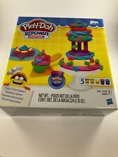 Play-Doh Kitchen Creations Frost 'n Fun Cakes Play set Ages 3+ New