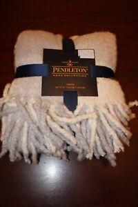 pendleton acrylic rob roy blanket throw 50x70 nwt gray white plaid w fringe