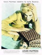 PUBLICITE ADVERTISING 084  1996  LOUIS VUITTON   réedite le DAMIER