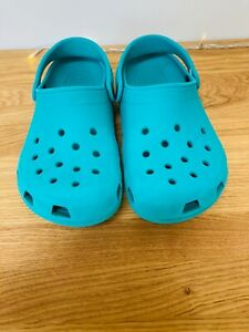 Kids Crocs - Size Junior 3 J3