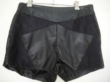 Mid-Rise Hand-wash Only Geometric Shorts for Women