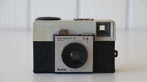 KODAK Instamatic 25 + Vintage Film Camera